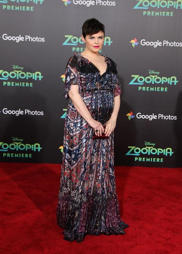 Le star del cinema in stato di gravidanza: Ginnifer Goodman in stato di gravidanza
