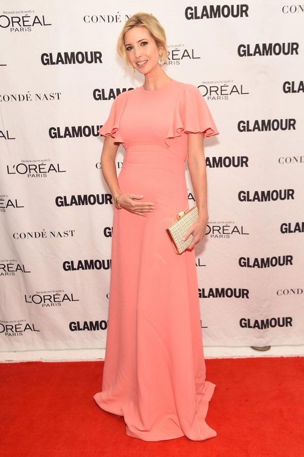 Celebrità incinte dell'élite secolare: imprenditrice incinta e modella Ivanka Trump