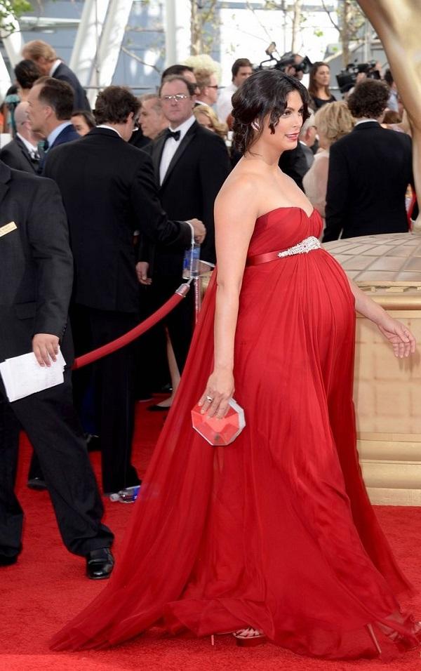Celebrità di film in stato di gravidanza: incinta Morena Baccarin