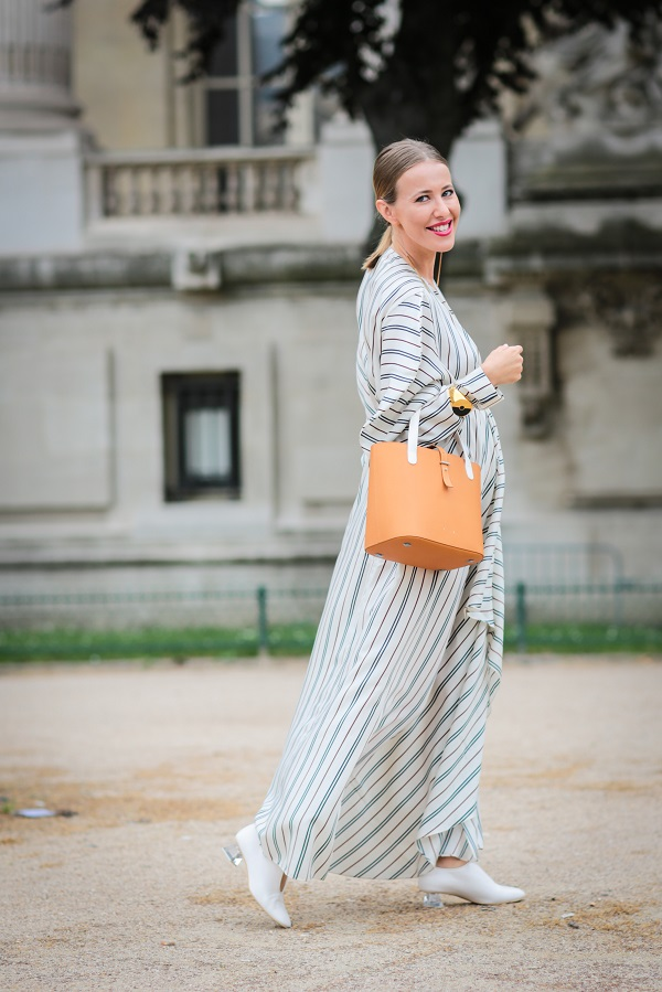 Star dello spettacolo in stato di gravidanza: incinta Ksenia Sobchak