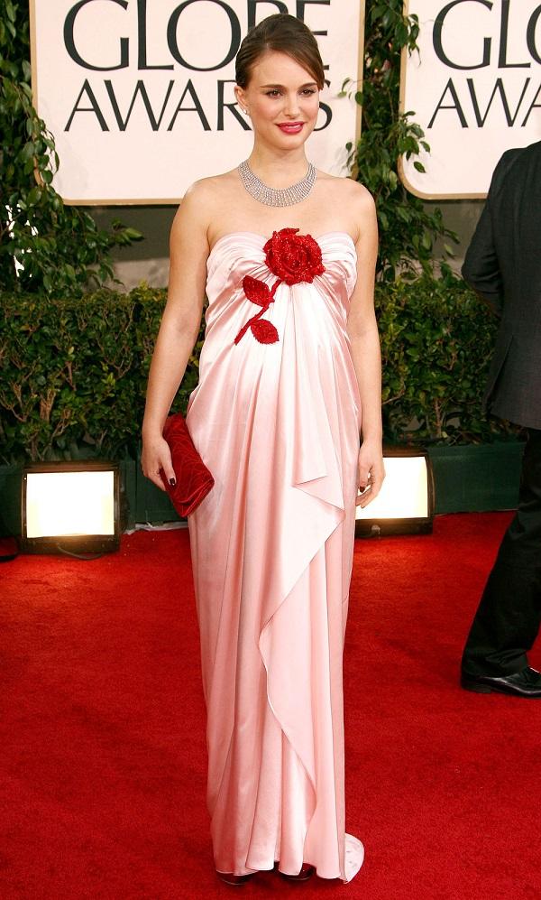 Celebrità dell'industria cinematografica incinta: l'attrice incinta Natalie Portman