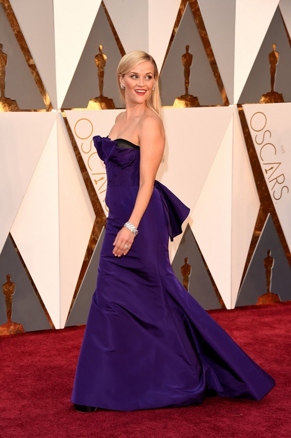 Celebrità incinte: la star del cinema incinta Reese Witherspoon