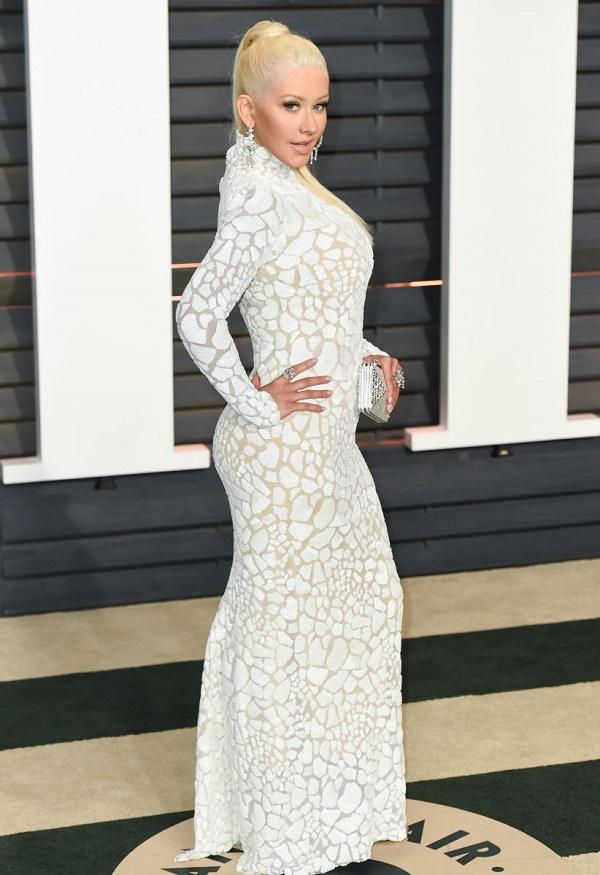 Star dello spettacolo in stato di gravidanza: la cantante incinta Christina Aguilera